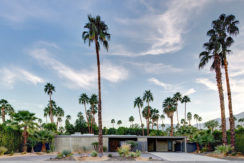 equity-residences-palmsprings-front