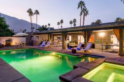 equity-residences-palmsprings-pool