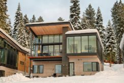 equity-residences-ski-home-front