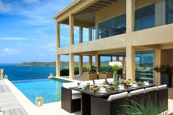destination-m-antigua-home-pool
