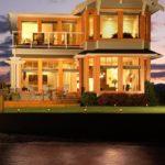 kelowna lakefront home