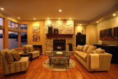 destination-m-kelowna-livingroom