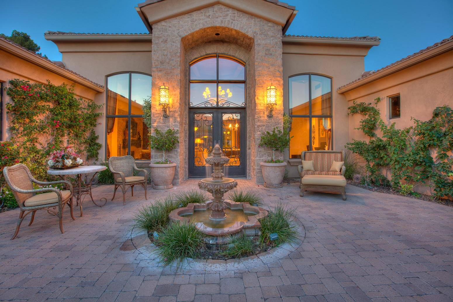 Destination M – Paradise Valley Arizona Villa