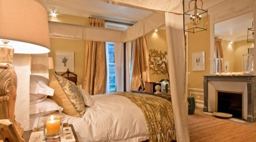 destination-m-paris-apt-bedroom