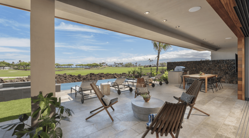 equity-residence-home-patio