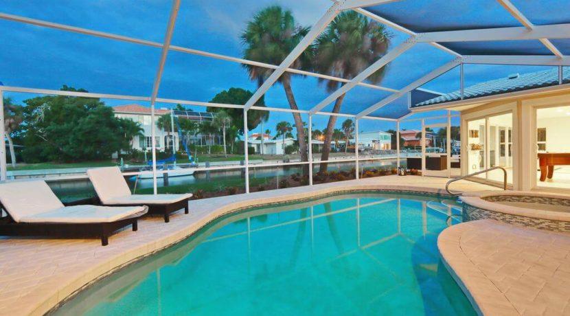 equity-residences-longboat-key-pool