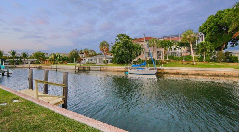 equity-residences-longboat-key-waterway