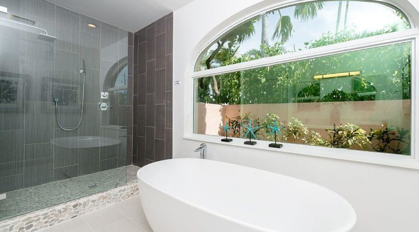 marathon-key-home-bathroom