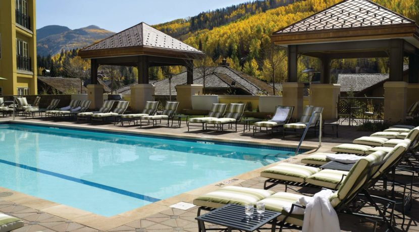 ritz-carlton-vail-pool