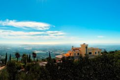 rocksure-portugal-mansion