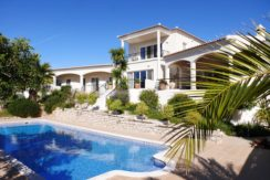 rocksure-portugal-villa-pool-2