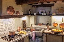 borgo-di-vagli-kitchen