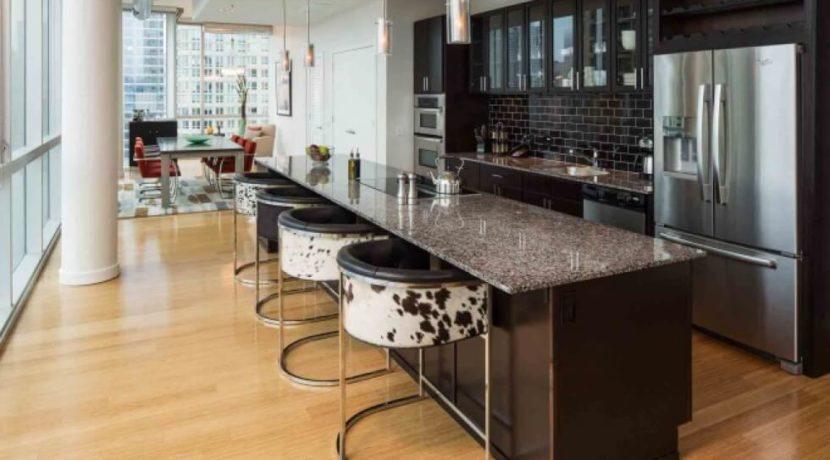 equity-estates-chicago-kitchen