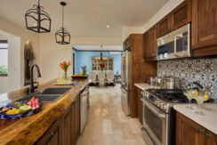 equity-estates-costa-rica-kitchen