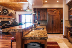 equity-estates-deer-valley-kitchen