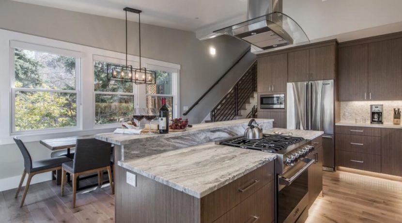 equity-estates-park-city-kitchen
