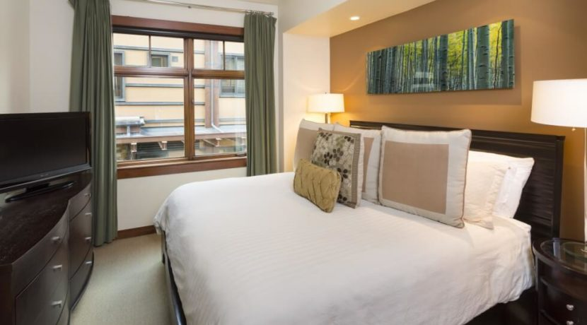 equity-estates-snowmass-condo-bedroom