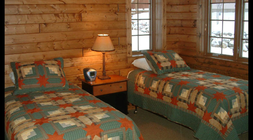 lodging_camp-firefly-2-bedroom2b__2