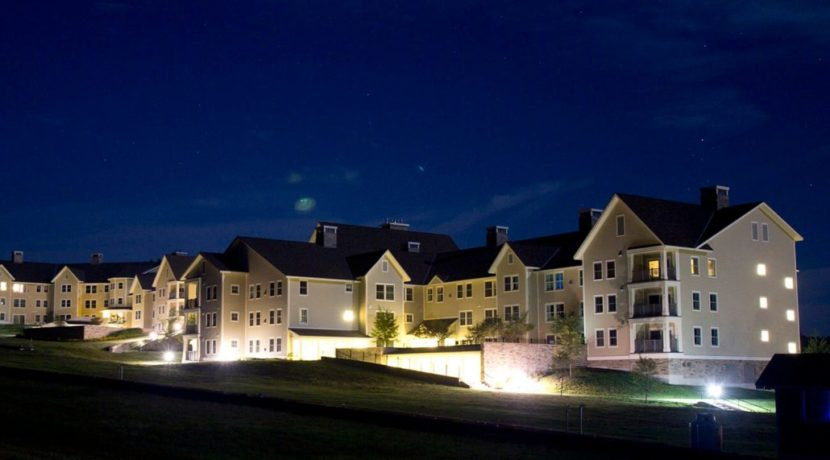 jackson-gore-real-estate-okemo-mountain-resort-rental-program-gallery-lodging-evening-view-1030x830