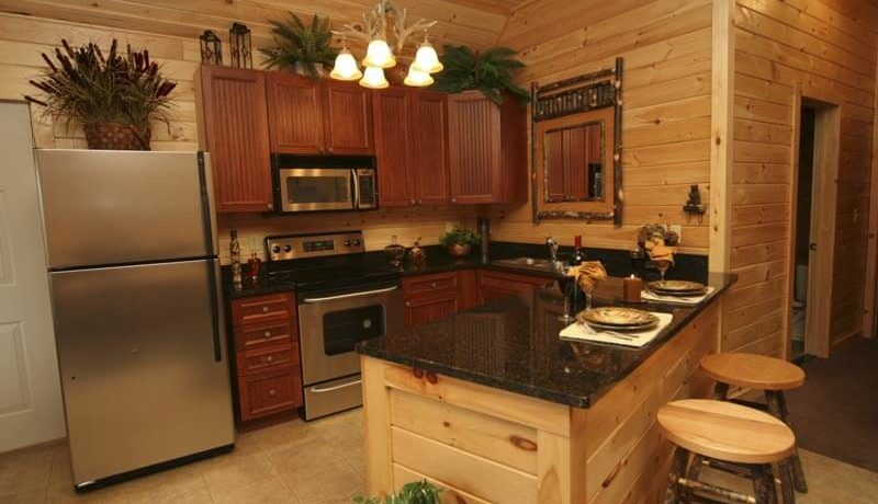 lake-george-fractional-lodge-kitchen