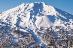 mt-bachelor-resort-bend-condo-snow