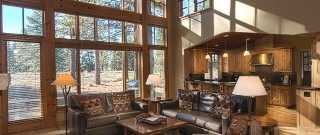 old-greenwood-cabin-living
