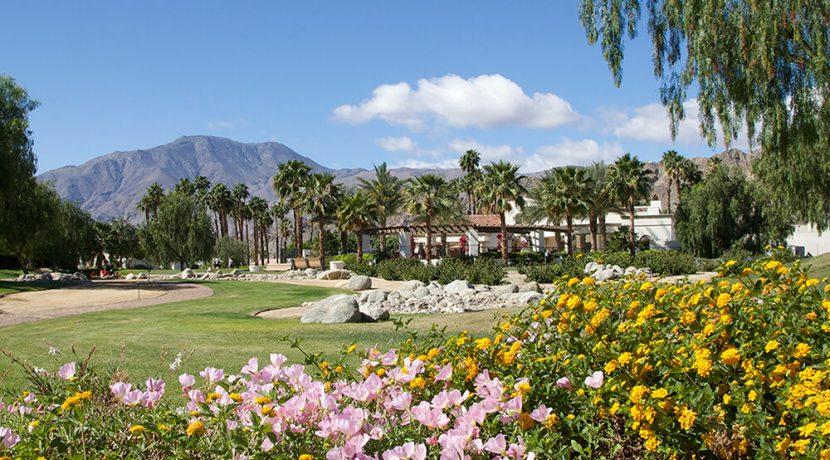 residence-club-pga-west-golfing