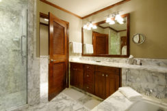 ritz-carlton-aspen-bathroom