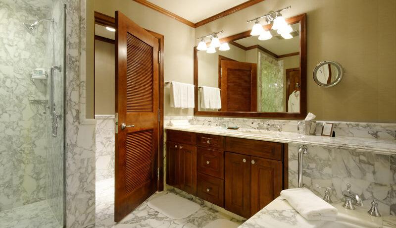 ritz-carlton-aspen-bathroom