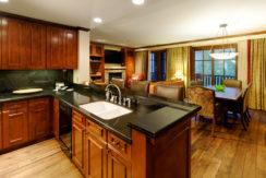 ritz-carlton-aspen-kitchen