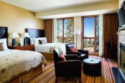 ritz-carlton-lake-tahoe-bedroom