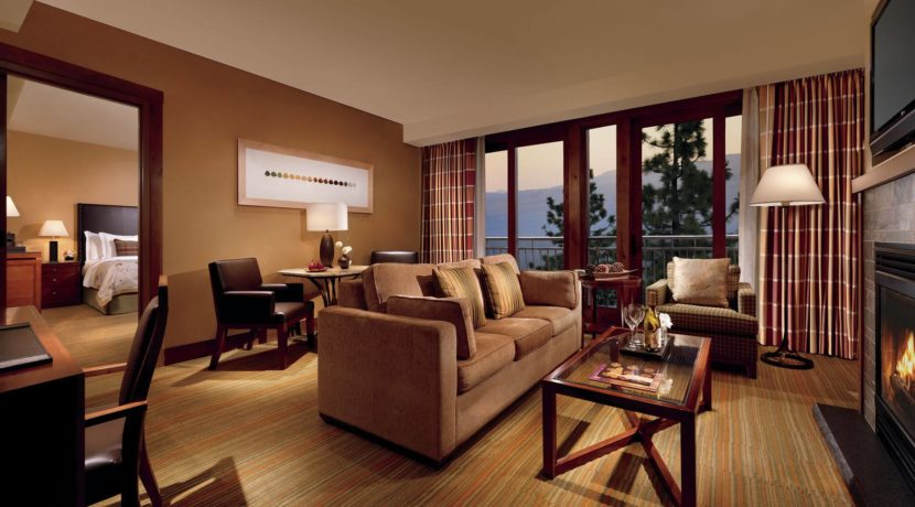 ritz-carlton-lake-tahoe-living