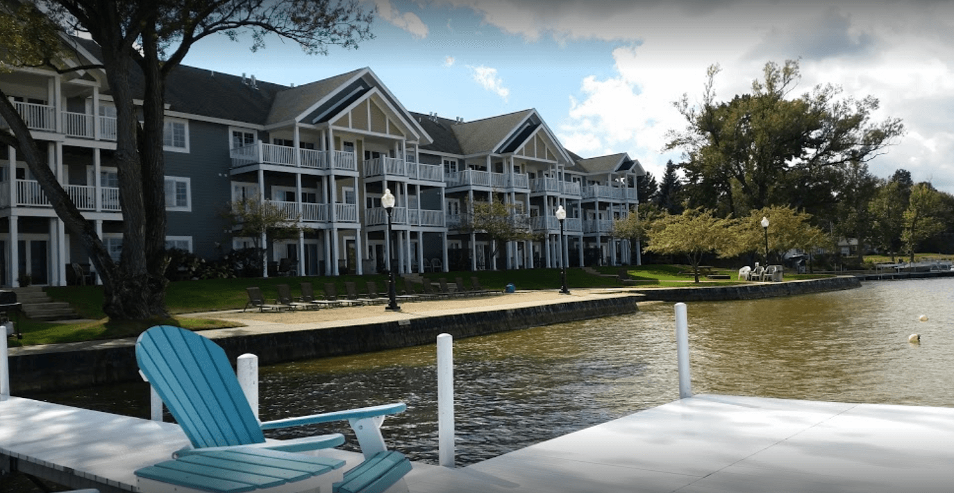 Sunset Shores Resort – Cadillac, Michigan