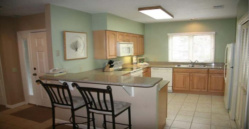 brigatine-hilton-head-fractional-condo-kitchen