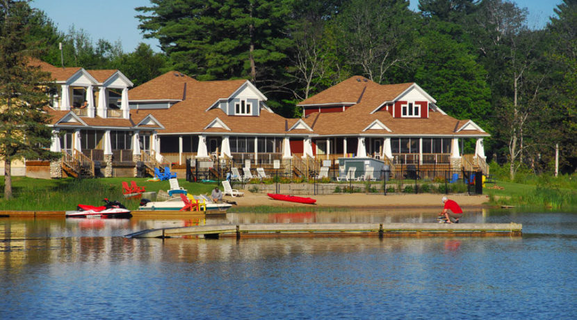 cottages-at-port-stanton-lake
