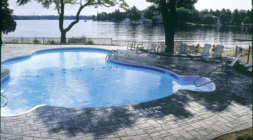 cottages-at-port-stanton-pool