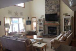inaski-fractional-cabin-living