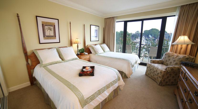 yacht-club-fractional-ownership-resort-bedroom