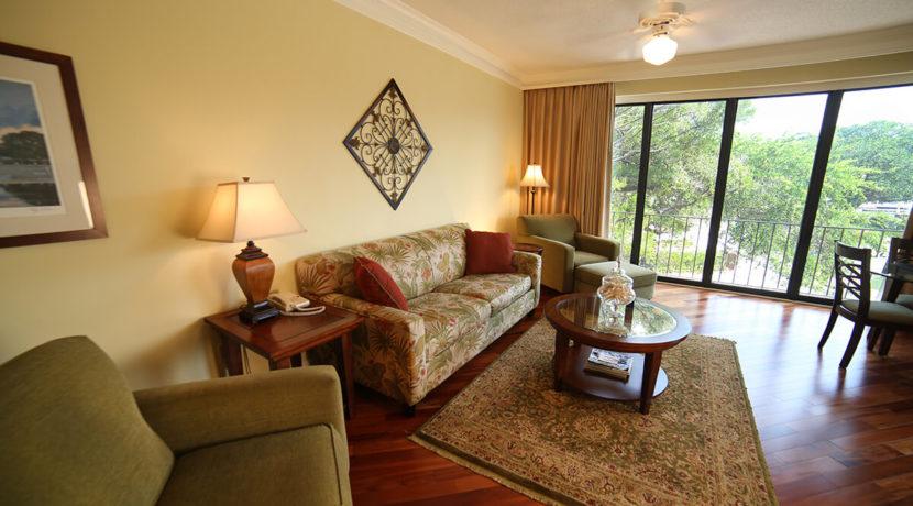 yacht-club-fractional-ownership-resort-livingroom