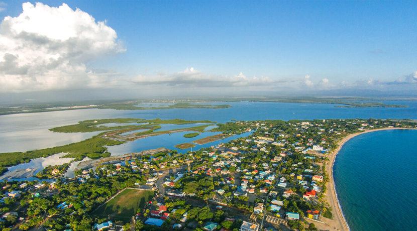 enclave-belize-fractional-island-water