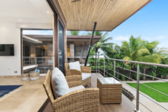equity-residences-costa-rica-balcony