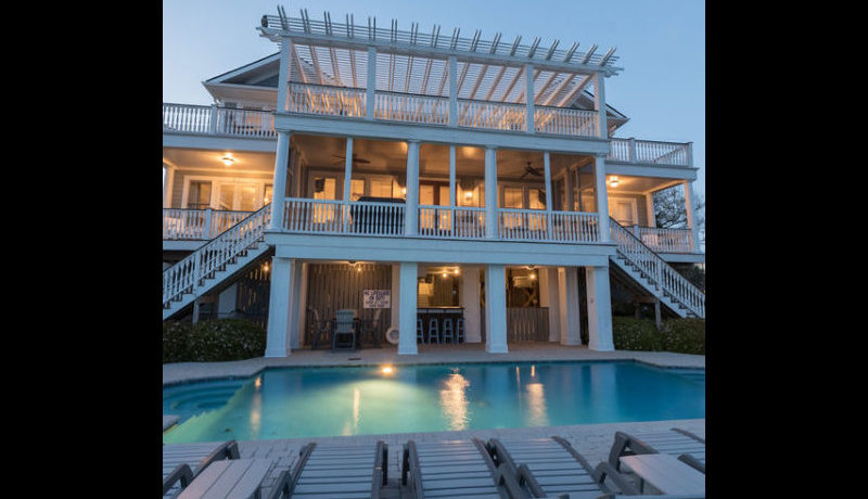 isle-of-palms-home-pool