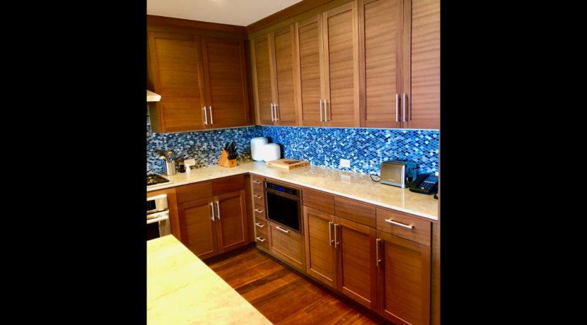 kauai-townhome-kitchen