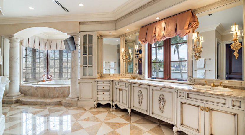 lifestyle-asset-ft-lauderdale-mansion-bathroom