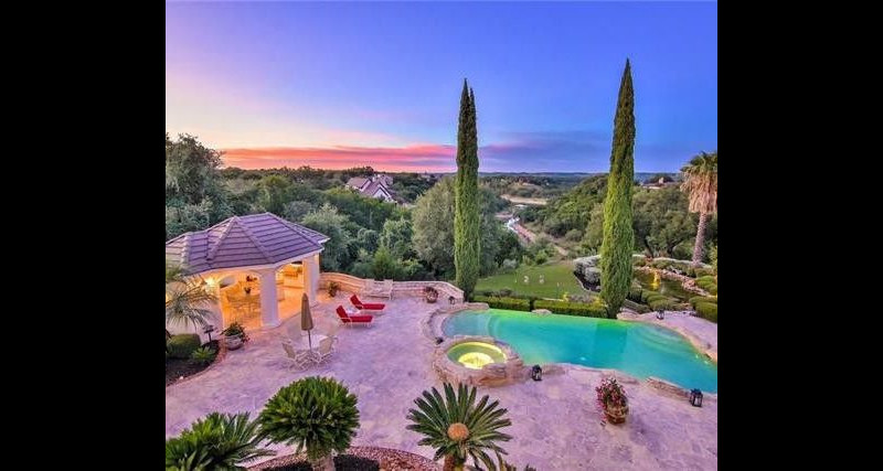 lifestyle-asset-group-austin-poolview