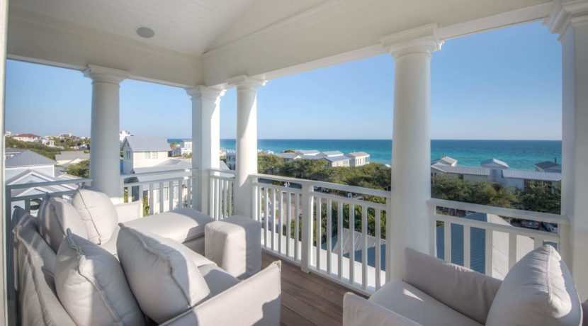 lifestyle-asset-group-seaside-view