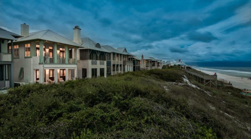 lifestyle-asset-rosemary-beach-evening