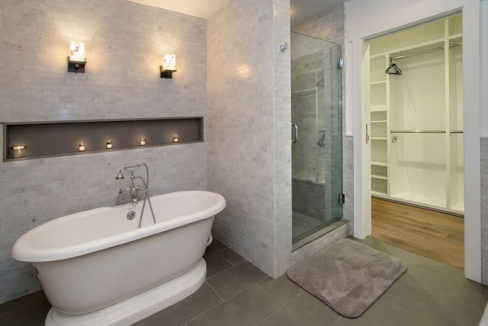 lifestyle-asset-santa-monica-bathroom