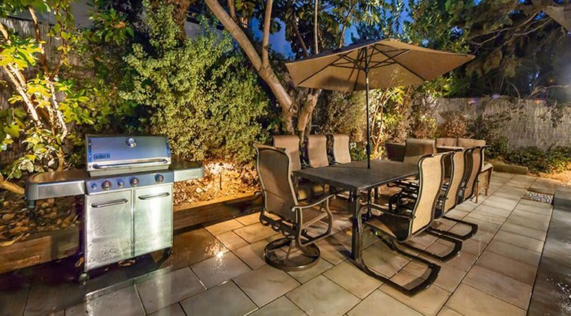 lifestyle-asset-santa-monica-patio