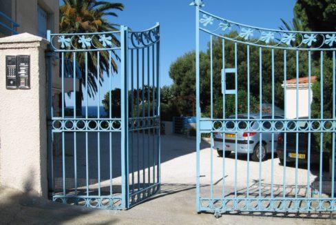villa-entry